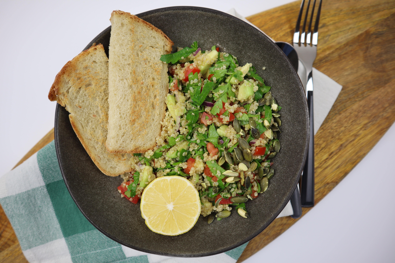 salata de quinoa cu patrunjel